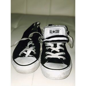 Converse low top sneaker